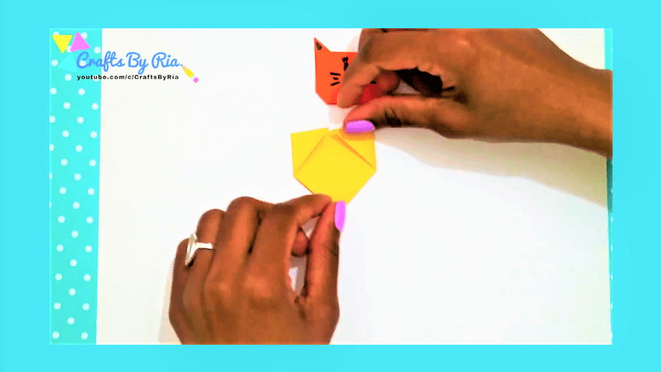 diy corner bookmarks -cat bookmark-step2
