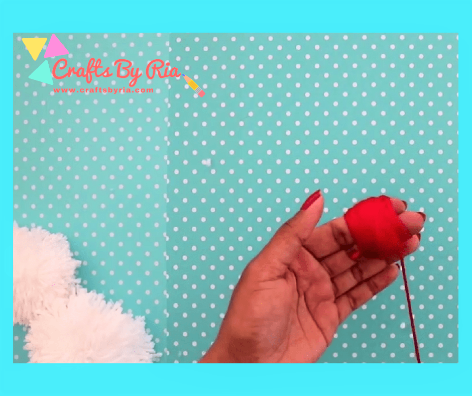 diy teddy bear-wrap the red yarn