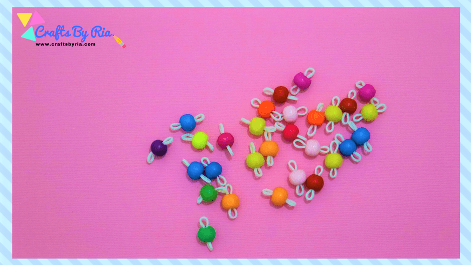 easy diy bracelet using rubberbands and beads-steps