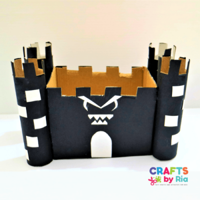 Halloween haunted house recycled craft