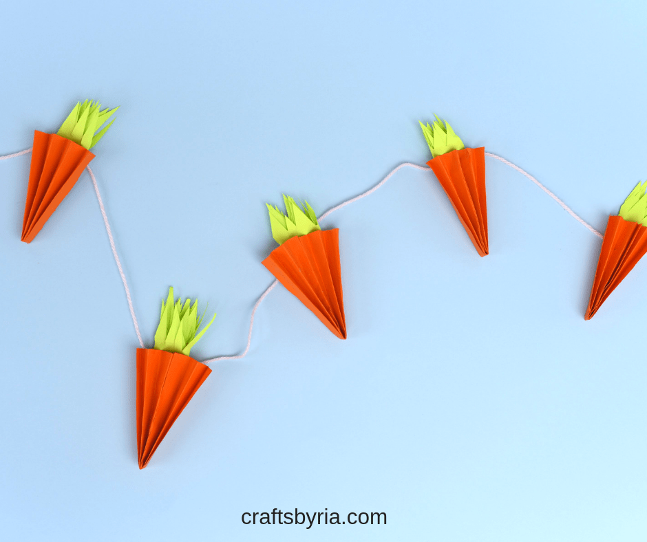 accordion carrot craft garland for easter-fb