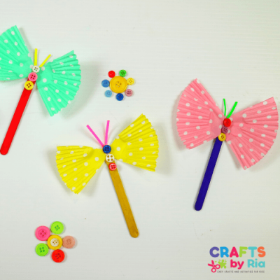 Fluttering butterfly craft for kids from cup cake liner-featured image